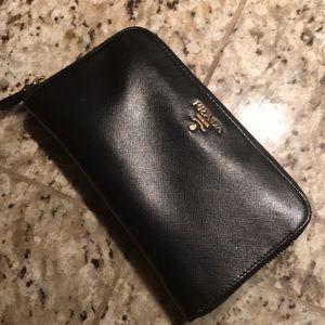 WE SALE! Authentic Prada back wallet